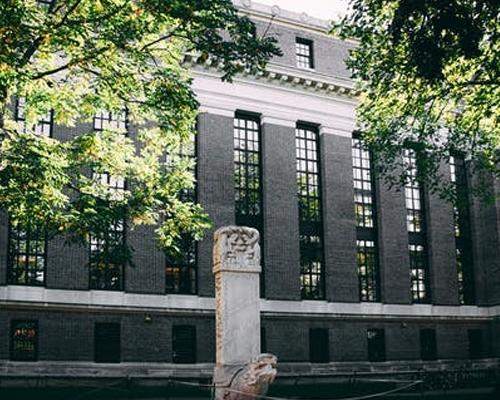 美国大学推荐 | 艾德菲大学花园城校区